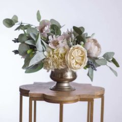 taylor-silk-flower-centerpiece-something-borrowed-blooms.jpg