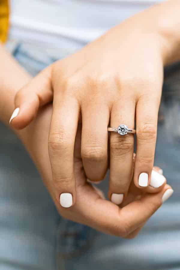 Betty Engagement Ring - Lab Grown Diamond Engagement Rings - MiaDonna