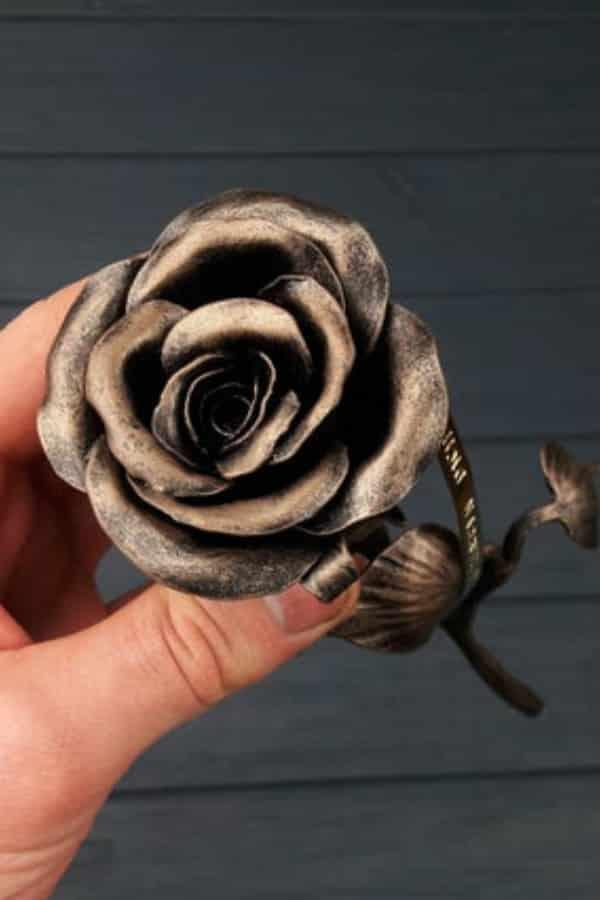 IRON ROSE By SmeLars