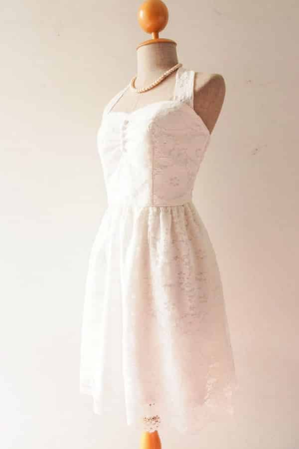 SWEETHEART HALTER LACE DRESS By Amordress