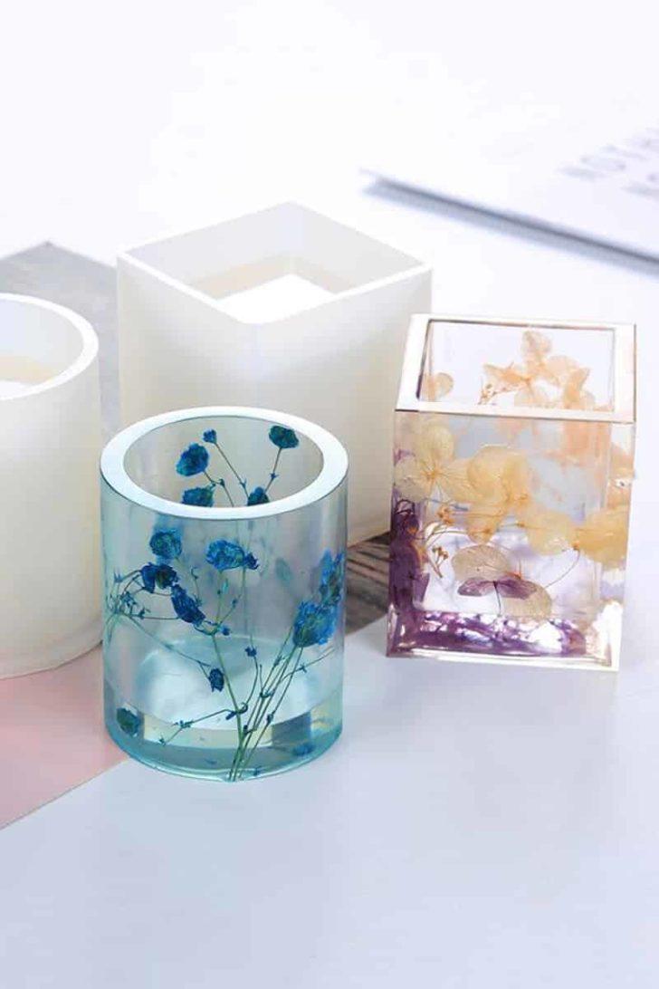 GoldMissCo on Etsy - Pressed Flower Resin Vases
