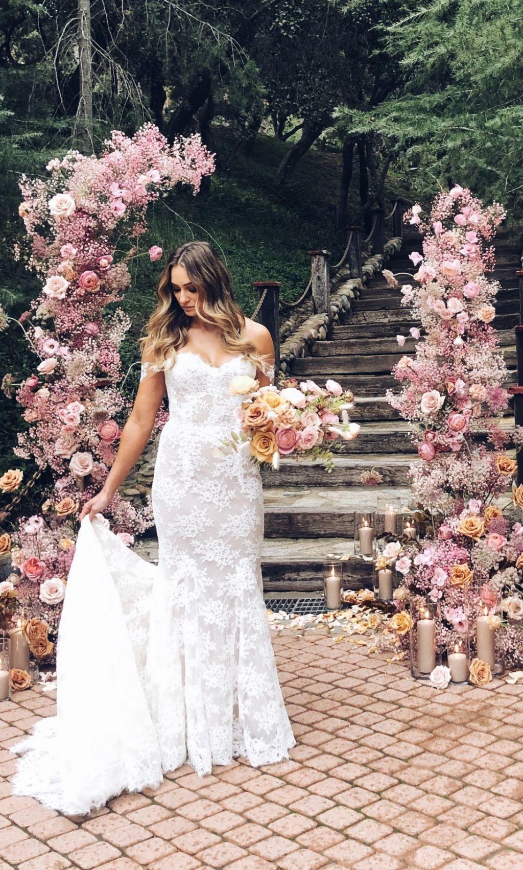Monique Lhullier - designer wedding dresses for less on PreOwnedWeddingDresses.com