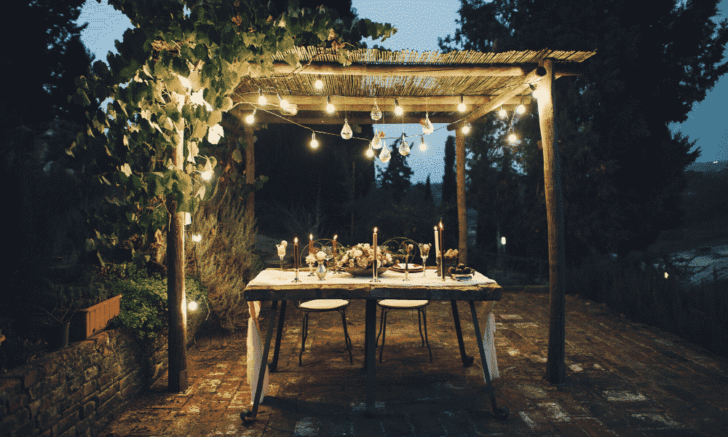 intimate at home wedding