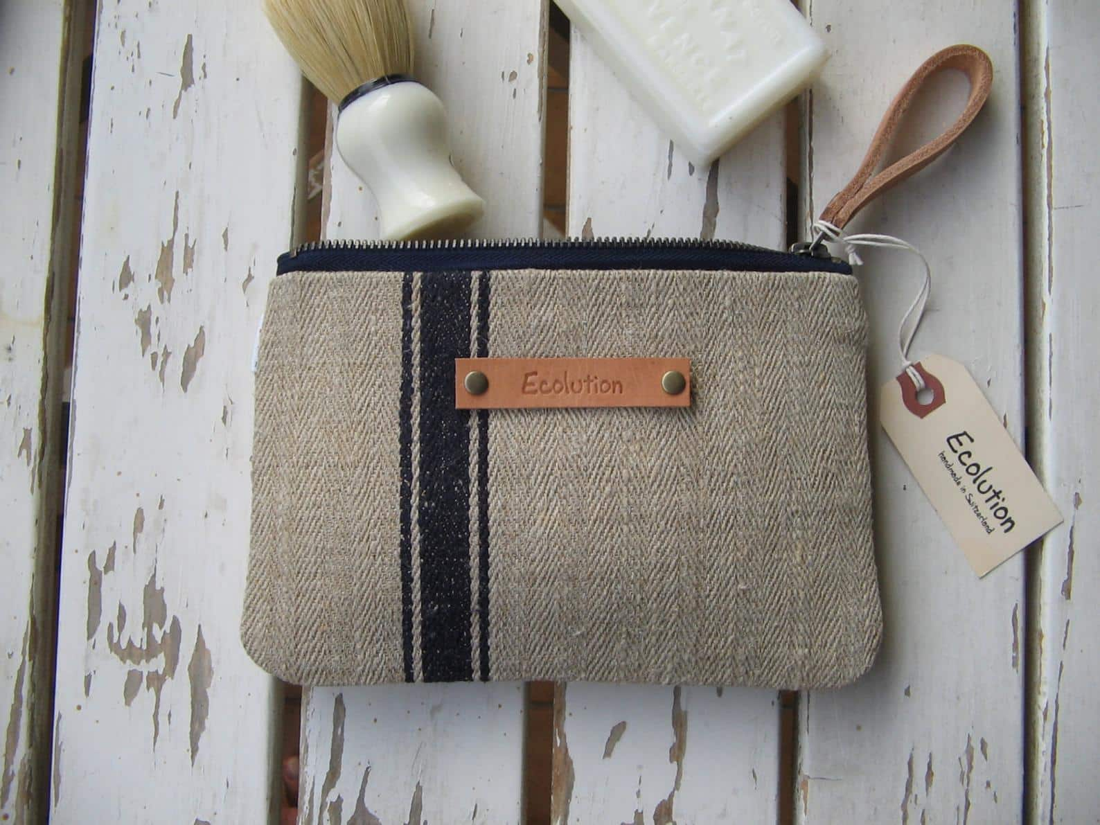 eco-friendly groomsmen gifts