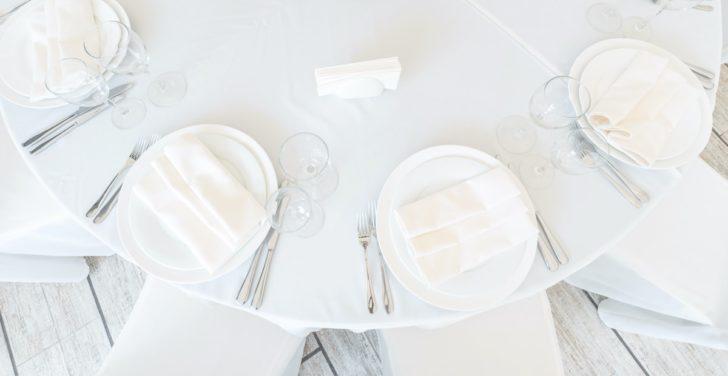 Minimalist wedding reception table