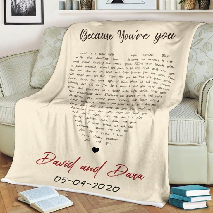 customized lyric blanket - personalized wedding gifts couples will love