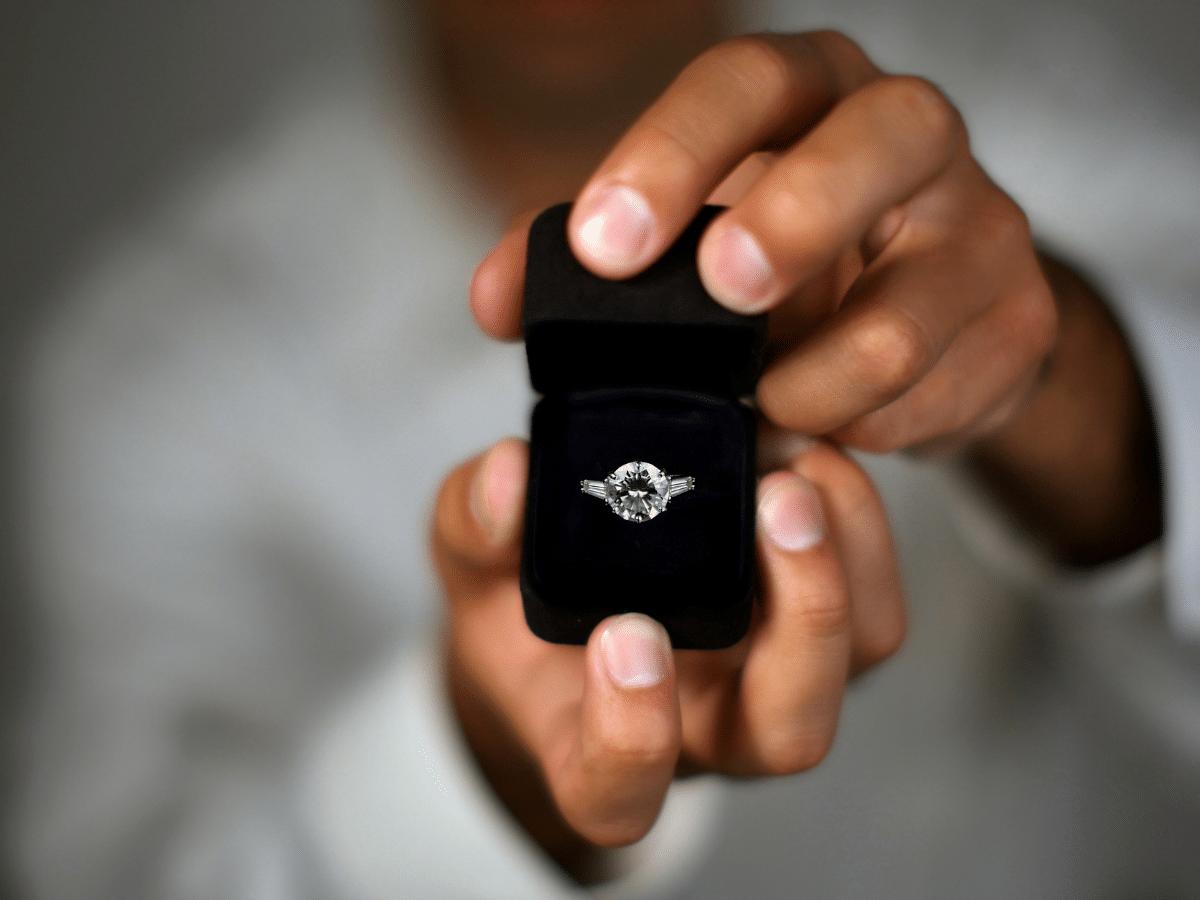 Podcast Episode 4 diamond engagement ring