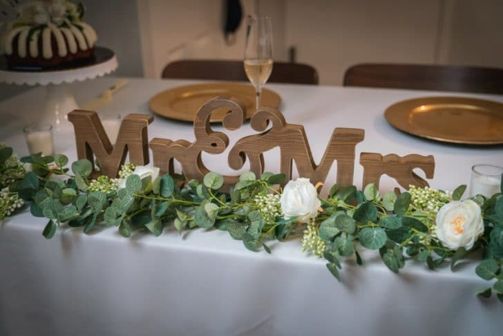 wedding head table - mr and mrs