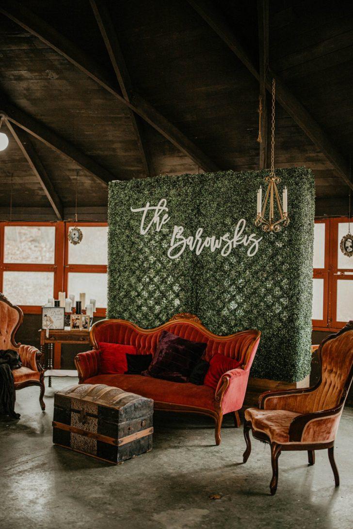 wedding photo set up - grass wall - vintage furniture