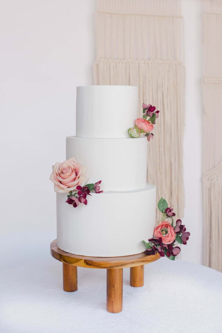 Something Borrowed Blooms Nina Collection - Boho Wedding Style Inspiration - Nina Cake Cluster