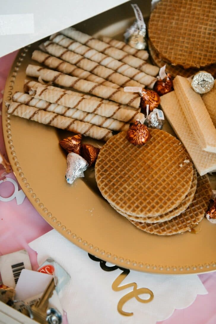 getting ready treats - wedding details - dessert
