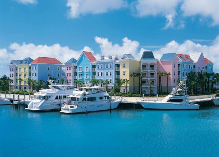 25 popular resorts | popular timeshares for honeymoons  18. Harborside Resort at Atlantis