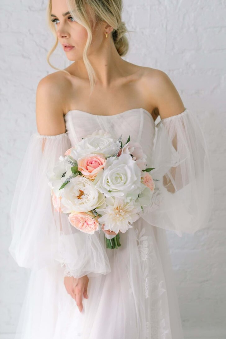 Traditional Wedding Floral Style - Something Borrowed Blooms - Charlotte Collection