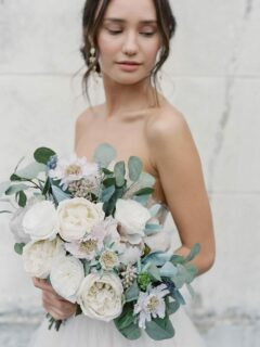 Modern Wedding Floral Style - Something Borrowed Blooms - Taylor Collection