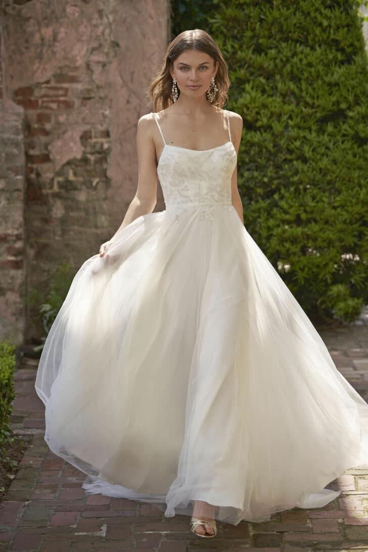 Arabesque Dress - Vow'd Fall 2021 Wedding Dress Collection
