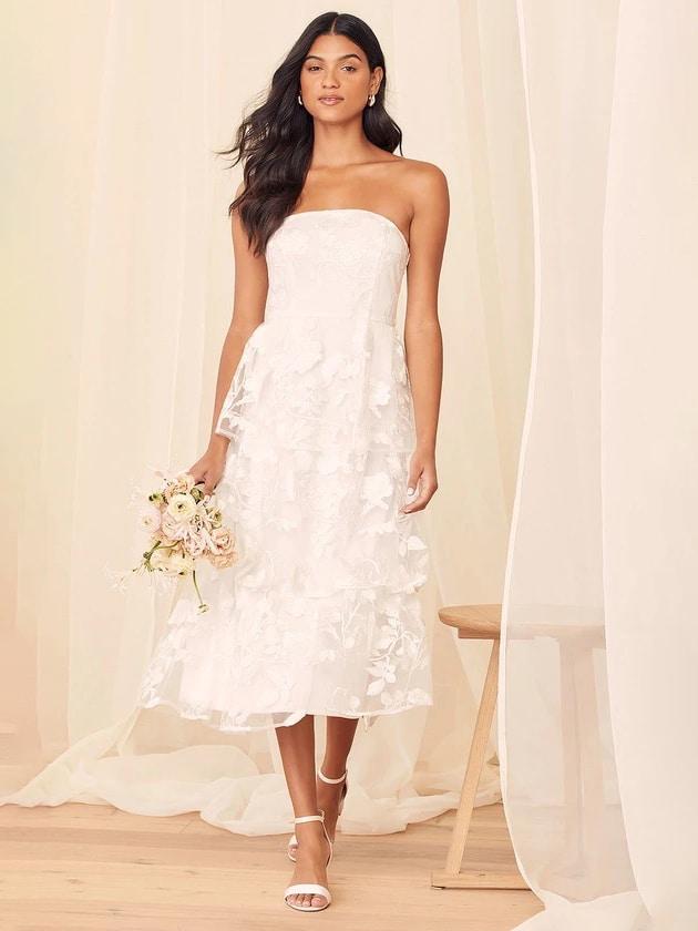 Vestido midi de encaje blanco Lulus • $ 88 Vestidos de ensayo asequibles