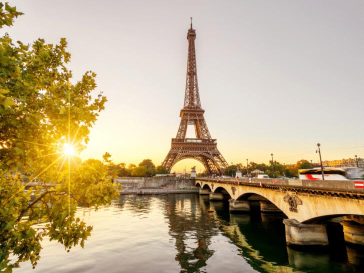 Paris affordable honeymoon destination ideas