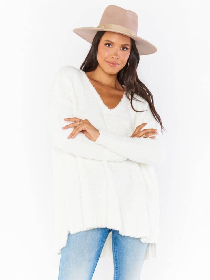showmeyourmumu engagement photo outfit - cozy sweater